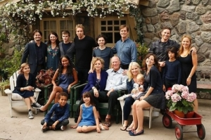 Parenthood cast in front of the exterior facade built on the Universal Studios lot which was influenced by the location house which was chosen but never shot.   photo by NBC Television.