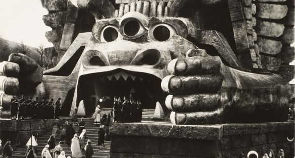 The exterior set of the Temple of Moloch